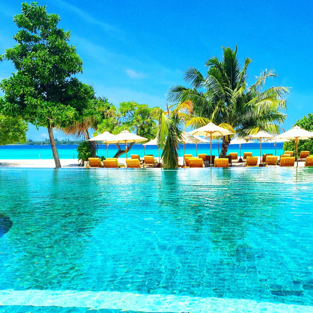 Piscina do Six Senses Laamu