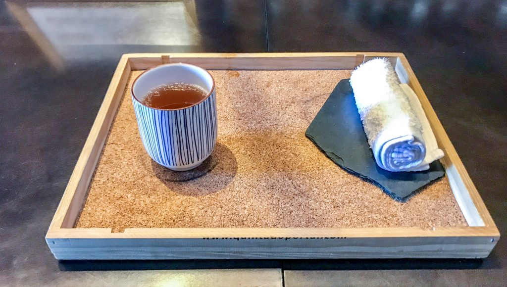Tea and refreshing towel at arrival